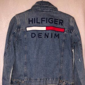 Tommy Hilfiger Cropped Denim Trucker Jacket